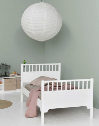 Oliver Furniture Seaside bed in green bedroom