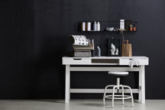 Nikki desk, white De Eekhorn desk in bedroom, dark walls