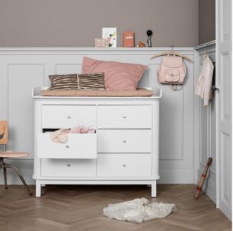 Oliver Furniture dresser